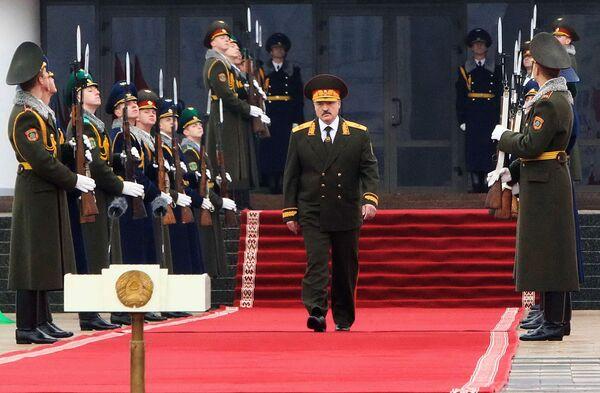 6 ноября 2015 года прошла пятая по счету инаугурация Александра Лукашенко. Предыдущие состоялись в 1994, 2001, 2006 и 2011 году. - Sputnik Беларусь