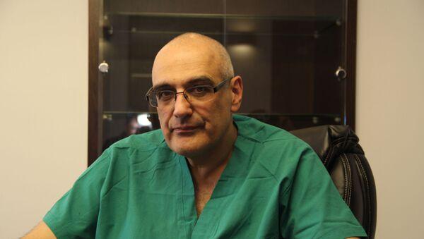 Кардиохирург, ведущий программы Жить здорово Герман Гандельман - Sputnik Беларусь