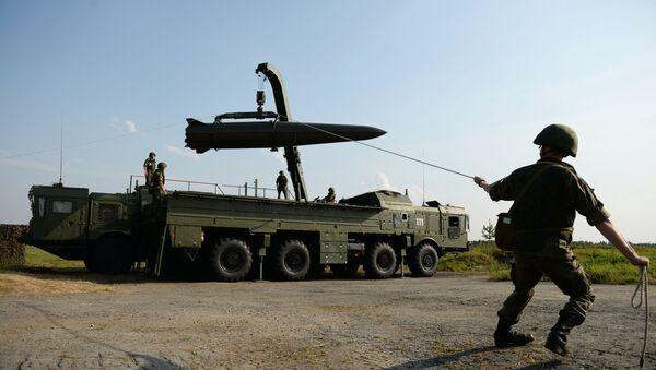 Развёртывание оперативно-тактического ракетного комплекса Искандер-М - Sputnik Беларусь