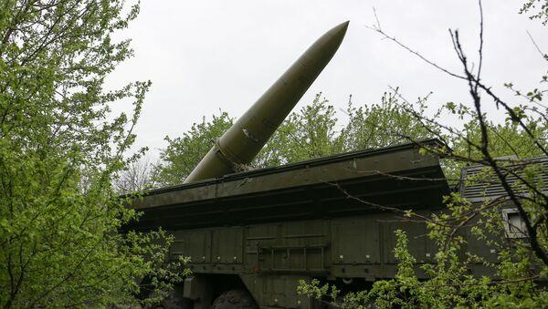 Самоходная пусковая установка (СПУ) оперативно-тактического ракетного комплекса Искандер-М - Sputnik Беларусь