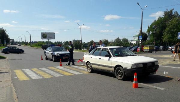 ДТП в Полоцке, в котором пострадал пешеход - Sputnik Беларусь