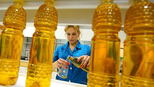 Производство подсолнечного масла  - Sputnik Беларусь
