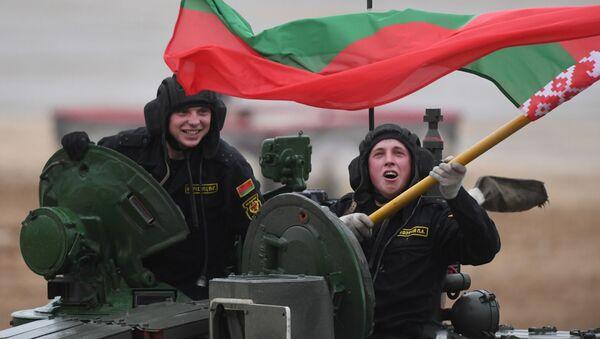 Танкавы біятлон 2019: беларусы заваявалі срэбра на фінальным этапе - Sputnik Беларусь