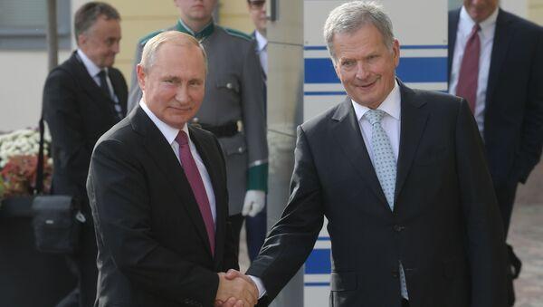 Президент РФ Владимир Путин и президент Финляндской Республики Саули Ниинистё - Sputnik Беларусь
