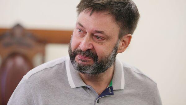 Вызвалены ўкраінскім судом Вышынскі вылятае з Кіева ў Маскву - Sputnik Беларусь
