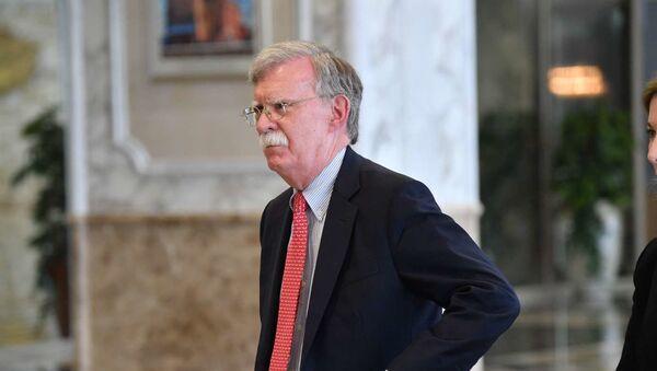 Советник президента США по национальной безопасности Джон Болтон во Дворце Независимости в Минске - Sputnik Беларусь