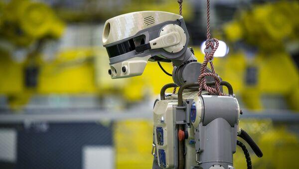 Подготовка робота Skybot F-850 на Байконуре - Sputnik Беларусь