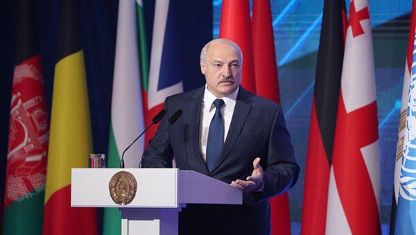 Аляксандр Лукашэнка выступае на Міжнароднай канферэнцыі па барацьбе з тэрарызмам - Sputnik Беларусь