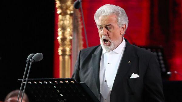Испанский оперный певец (тенор) Пласидо Доминго  - Sputnik Беларусь