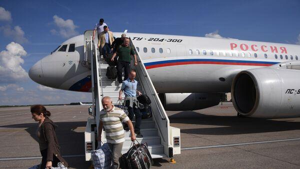 Участники договоренности об освобождении между Россией и Украиной прилетели в Москву - Sputnik Беларусь