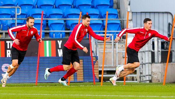 Тренировка сборной перед матчем в Кардиффе - Sputnik Беларусь