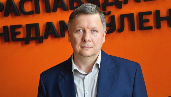 Будкевич: мужчина в школе ― явление редкое, и дело не только в деньгах - Sputnik Беларусь