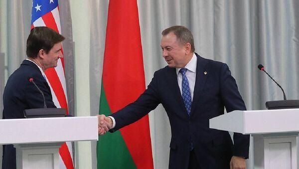 Заместитель государственного секретаря США Дэвид Хэйл и глава МИД Беларуси - Sputnik Беларусь