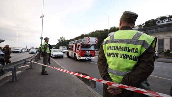 Спецоперация на мосту Метро в Киеве - Sputnik Беларусь
