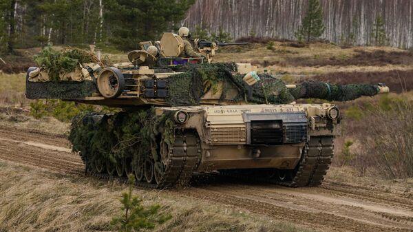 Танк M1 Abrams, архивное фото - Sputnik Беларусь