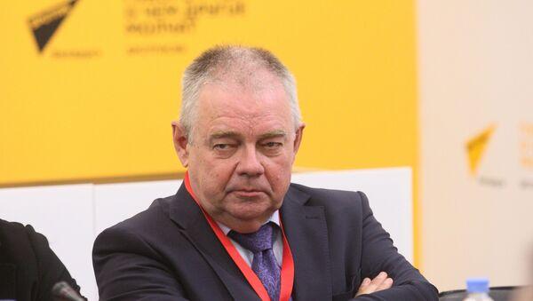 Мамонтов: отказ Могерини, план Б по Донбассу и новый женский заговор - Sputnik Беларусь
