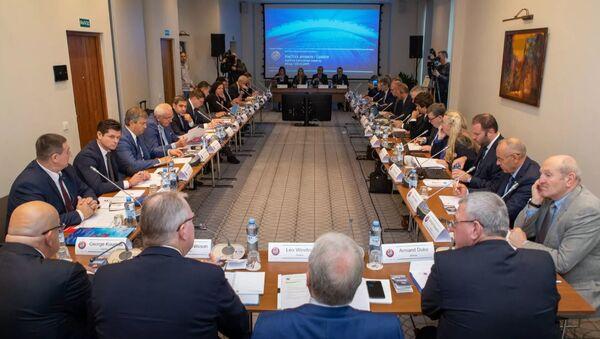 Рабочая сессия комитета УЕФА Хет-трик в Минске - Sputnik Беларусь