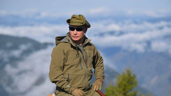 Владимир Путин на отдыхе в Сибири - Sputnik Беларусь