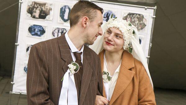 Кодэкс аб шлюбе і сям'і з'явіўся на беларускай мове - Sputnik Беларусь