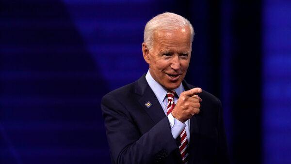 Кандидат в президенты США и бывший вице-президент Джо Байден - Sputnik Беларусь
