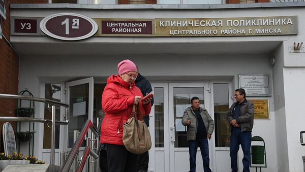 Доктор Сидоров вернулся на работу в поликлинику, но страсти не улеглись - Sputnik Беларусь