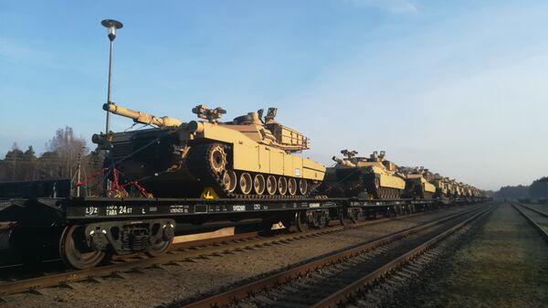 Танки для американского батальона прибыли в Литву - Sputnik Беларусь