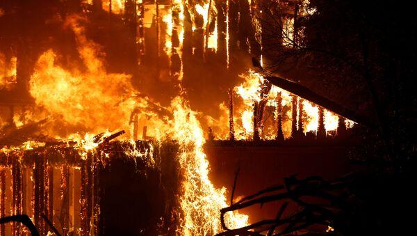 Пожары в Калифорнии - Sputnik Беларусь