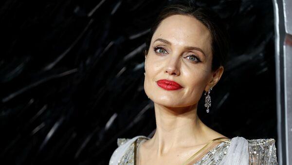 Актриса Анджелина Джоли - Sputnik Беларусь