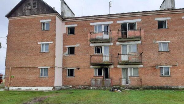 Дом, в котором произошел пожар - Sputnik Беларусь
