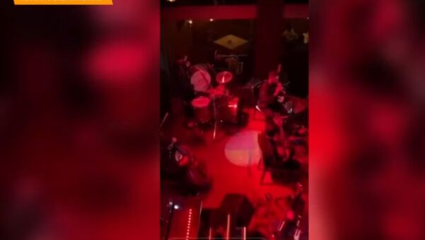 Дипломатия и джаз: Захарова посетила концерт в Армении - Sputnik Беларусь