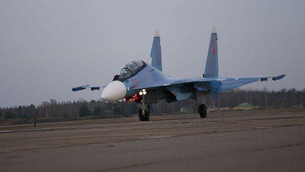 Знішчальнік Су-30СМ - Sputnik Беларусь