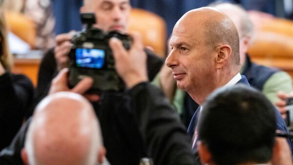 Посол в ЕС Сондланд на слушаниях в рамках расследования импичмента Трампа в Вашингтоне - Sputnik Беларусь