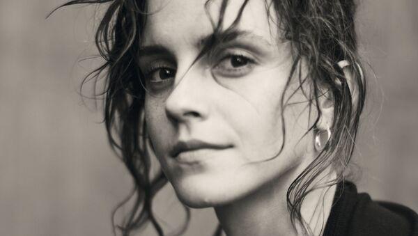 Актриса Эмма Уотсон в календаре Pirelli 2020 В поисках Джульетты - Sputnik Беларусь