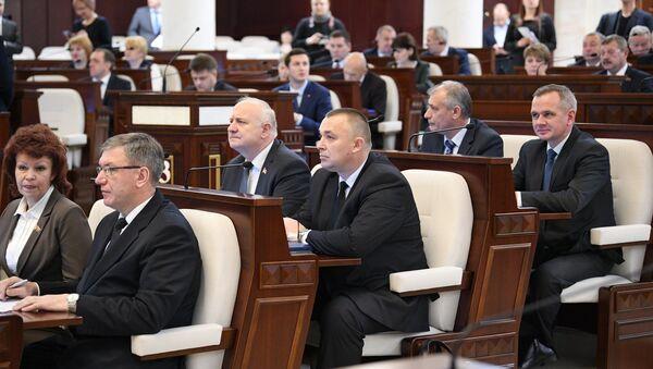 Седьмой созыв парламента на открытии сессии - Sputnik Беларусь