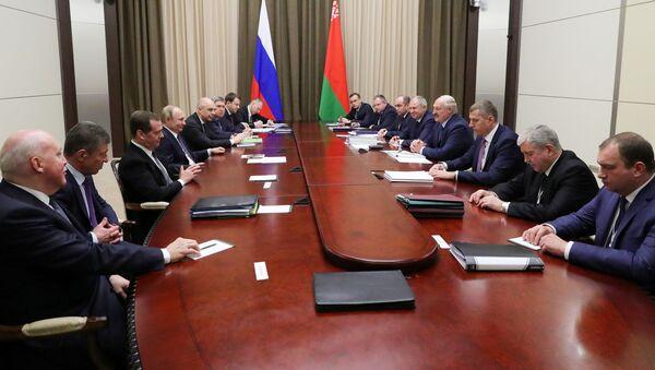Путин провел переговоры с президентом Беларуси в Сочи - Sputnik Беларусь