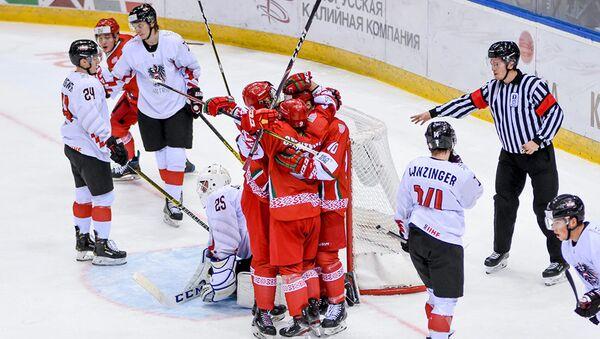 Белорусская молодежка начала с победы Чемпионат мира по хоккею - Sputnik Беларусь