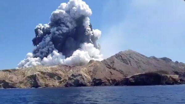 Извержение вулкана на острове Уайт-Айленд  - Sputnik Беларусь