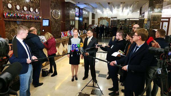Представители ДНР на переговорах в Минске - Sputnik Беларусь