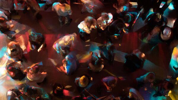 Посетители ночного клуба, архивное фото - Sputnik Беларусь
