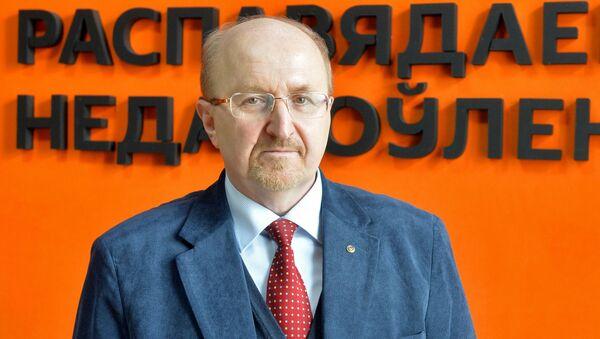 Новогоднее поздравление председателя Высшего координационного совета республиканской конфедерации предпринимательства Владимира Карягина  - Sputnik Беларусь