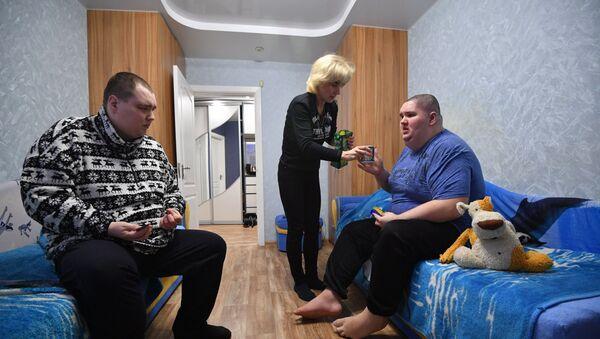 Светлана рядом с детьми в режиме 24/7 - Sputnik Беларусь