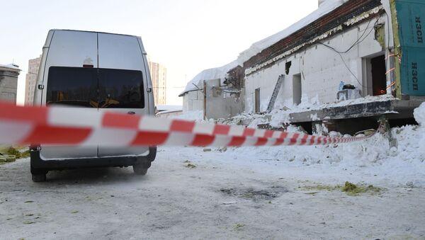 Обрушение кровли кафе в Новосибирске - Sputnik Беларусь
