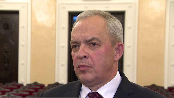 Сергеенко: за волокиту привлекли к ответственности около 400 чиновников  - Sputnik Беларусь