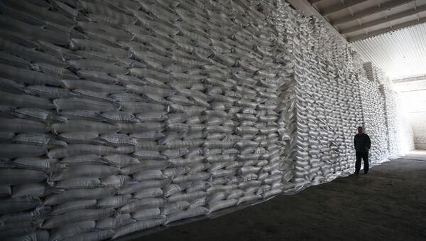 Склад готовой продукции на сахарном заводе - Sputnik Беларусь