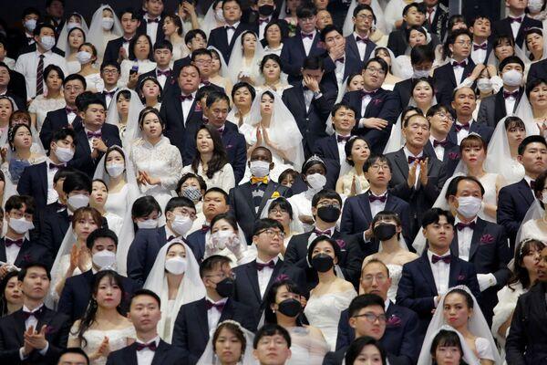 Массовая свадьба в Южной Корее - Sputnik Беларусь