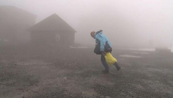 Видеофакт: шторм Сиара - от Великобритании до Минска - Sputnik Беларусь
