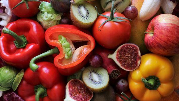 Овощи и фрукты, архивное фото - Sputnik Беларусь