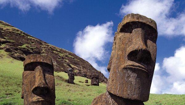 Идолы-моаи на острове Пасхи - Sputnik Беларусь