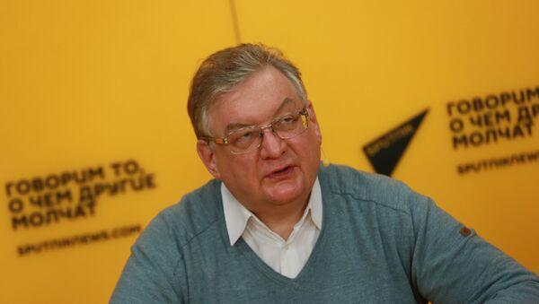 Доктор экономических наук Алексей Зубец - Sputnik Беларусь