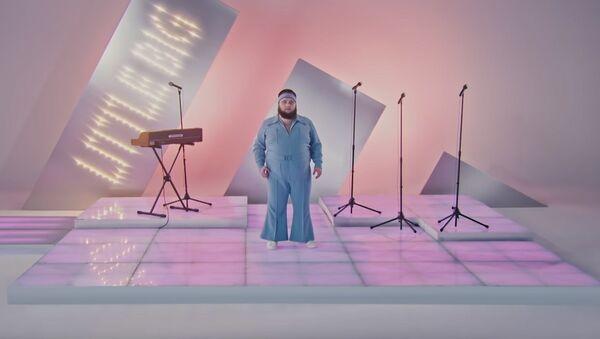 Танцор из клипа Little Big на песню Uno Дмитрий Красилов - Sputnik Беларусь